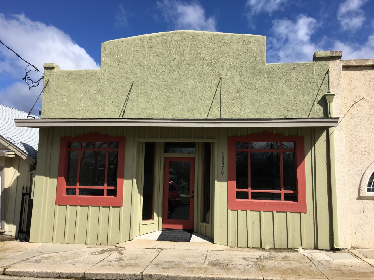 18370 Bay Ave Tuolumne Office for sale